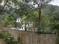Attractive house on the edge of Luk Tei Tong village.